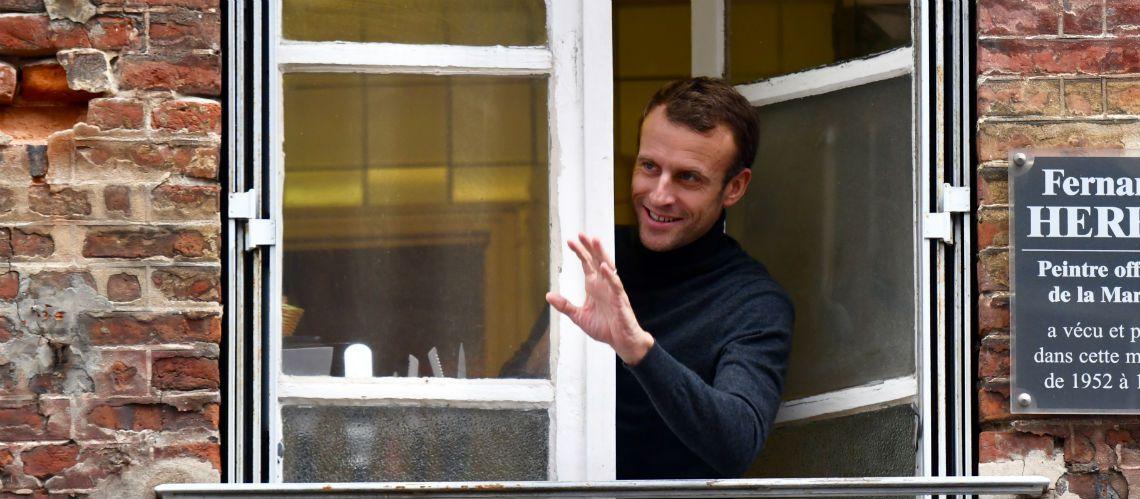 Qui est Emmanuel Macron ? - Page 19 Macron-honfleur